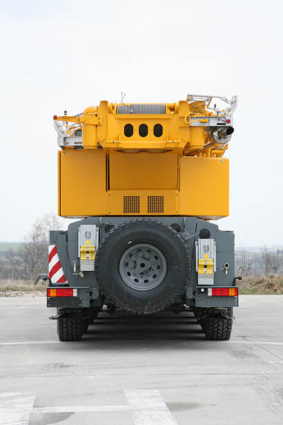 Liebherr mobile crane LTM 1220-5.2 Metric